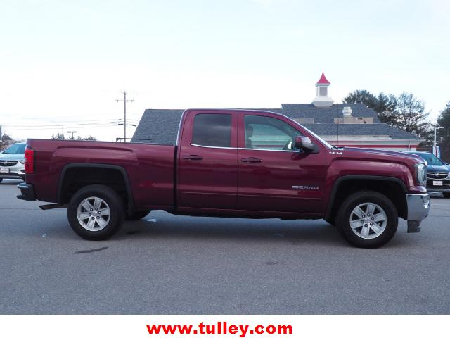 Pre-Owned 2017 GMC Sierra 1500 4WD Double Cab 143.5 SLE